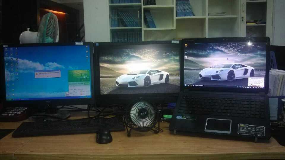 挪地方了,新办公桌,哎!空间更小了……