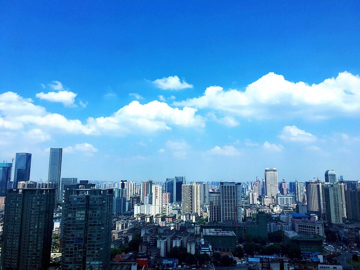 长沙的天空这几天真的很蓝哦!