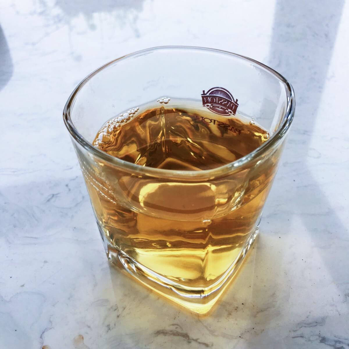 杯具果然能提升品味,好漂亮。以后多喝茶。