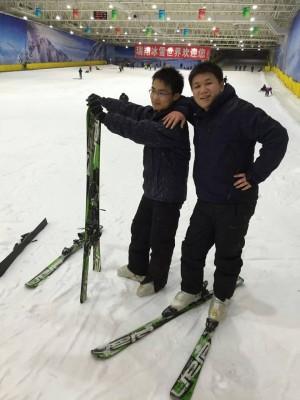 滑雪去咯!
