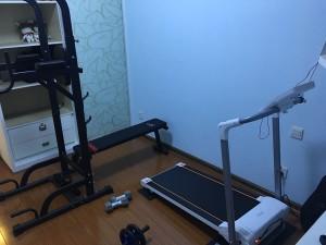 私人健身房正式开始运作……好累,我先歇会!