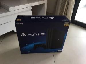 新玩具到货!PlayStation 4 pro