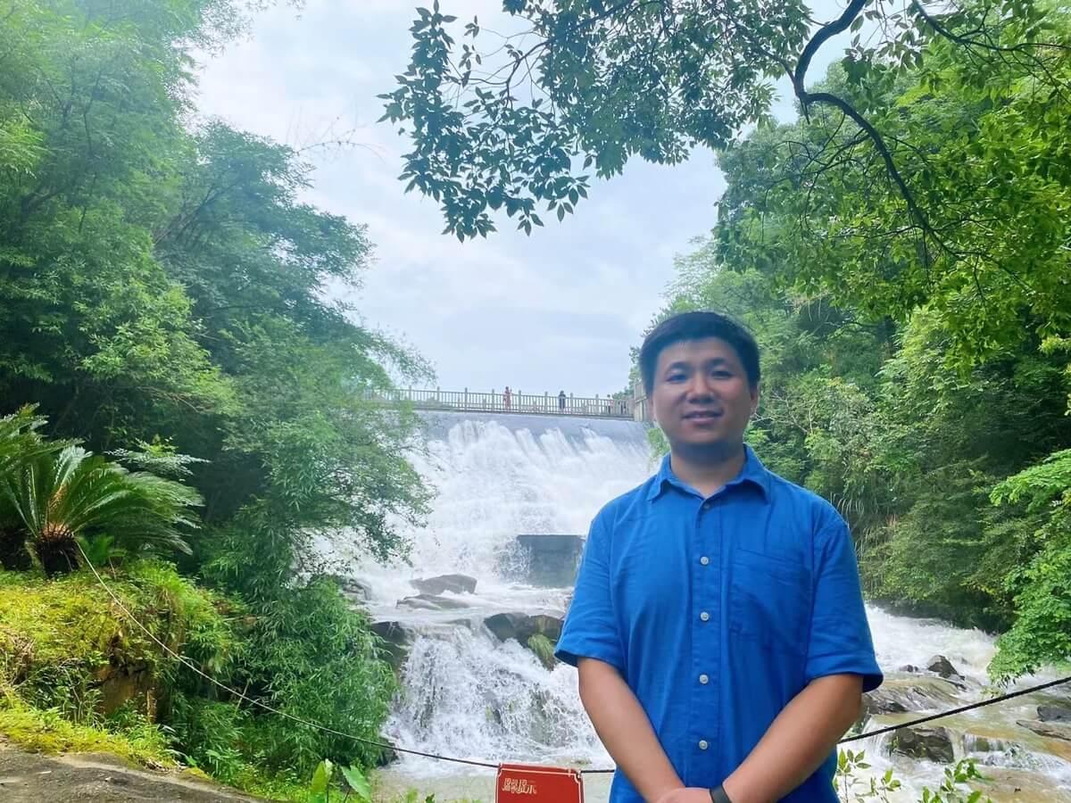 梅岭国家森林公园-洪崖丹井景区